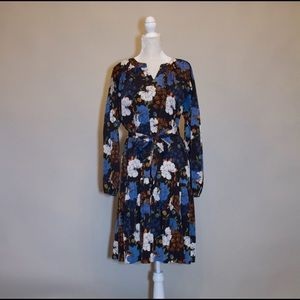 Dresses & Skirts - 1970's Inspired Floral Printed Dress with Belt